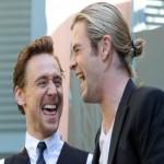 Создать Локи и Тор смеются - Мем Мем