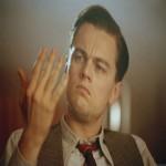 Создать Ди Каприо смотрит на руку - Мем Мем